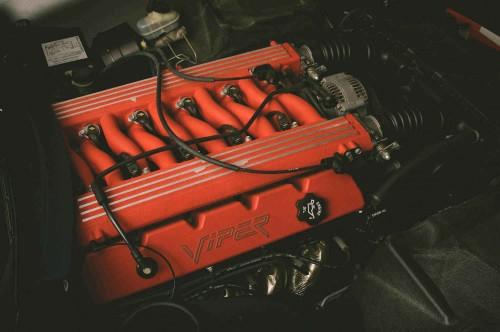 Lamborghini built  Viper engine
