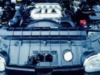1990-Infiniti-Q45-engine-compartment