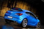 2013-Opel-Astra-opc