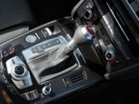 2013-audi-rs5-center-console-photo-479320-s-1280x782