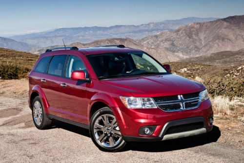 2013-dodge-journey-front-three-quarter