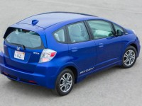 2013-honda-fit-ev-rear-three-quarters