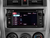 2013-toyota-corolla-4-door-sedan-auto-le-natl-audio-system