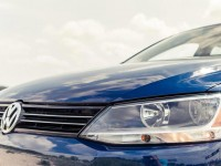 2013-volkswagen-jetta-tdi-headlight