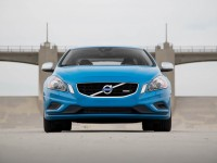 2013-volvo-s60-t6-awd-r-design-front-end