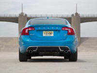 2013-volvo-s60-t6-awd-r-design-rear-end