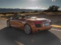 2014-Audi-R8-Spyder-rear-three-quarters-in-motion