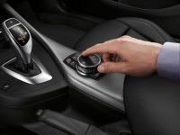 2014 BMW 2-Series Coupe control