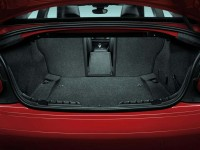 2014-BMW-2-Series-Coupe-trunk