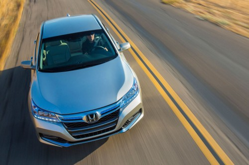 2014-Honda-Accord-PHEV-top-view