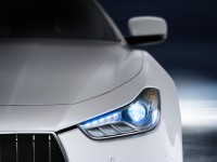 2014 Maserati Ghibli headlight