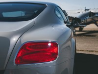 2014-bentley-continental-gt-v-8-s-coupe-taillight-and-gas-cap