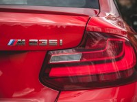 2014-bmw-m235i-badge-and-taillight