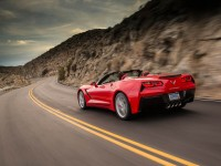 2014-chevrolet-corvette-stingray-convertible-red-front-end-in-motion