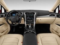 2014-ford-fusion-4-door-sedan-se-hybrid-fwd-dashboard