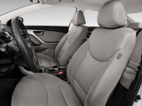 2014-hyundai-elantra-4-door-sedan-auto-se-alabama-plant-front-seats