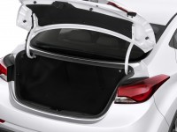 2014-hyundai-elantra-4-door-sedan-auto-se-alabama-plant-trunk