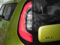 2014-kia-soul-20l-taillight-and-badge