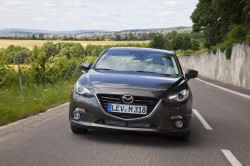 2014-mazda3-sedan-first-official-photos-emerge_1