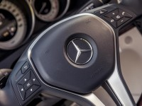2014-mercedes-benz-e350-4matic-coupe-steering-wheel-badge