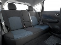 2014-nissan-vers-note-sv-rear-seats