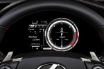 2014_Lexus_IS-350-F-Sport_dashboard