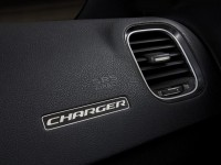 2015 Dodge Charger (32)