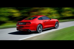 2015 Ford Mustang back