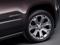 2015 GMC Yukon Denali Wheel