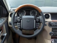 2015 Land Rover Discovery Interior