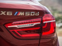 2015-bmw-x6-m50d-euro-spec-badge-and-taillight