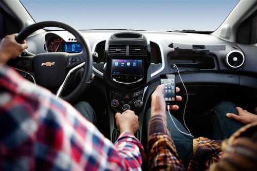 2015-chevrolet-sonic-interior-phone-connected