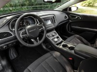 2015-chrysler-200-limited-interior
