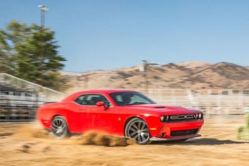 2015-dodge-challenger-rt-scat-pack-front-three-quarter-in-motion