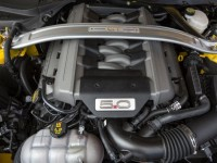 2015-ford-mustang-gt-engine