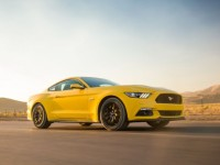 2015-ford-mustang-gt-front-three-quarters-in-motion
