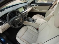 2015-hyundai-genesis-5.0-interior-photo