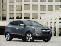 2015-hyundai-tucson-front-three-quarters