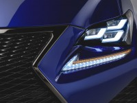lexus-rc-f-grille-and-headllight
