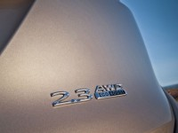 2015-lincoln-mkc-23-awd-badge