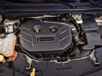 2015-lincoln-mkc-ecoboost-engine