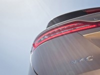 2015-lincoln-mkc-rear-badge-looking-up