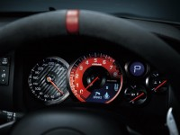 2015-nissan-gt-r-nismo-instrument-cluster