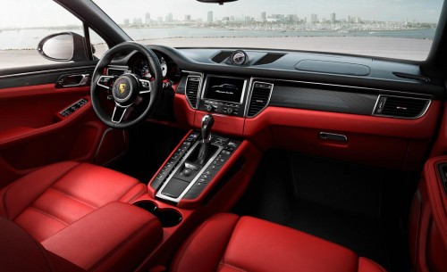 Porsche Macan turbo interior 2015