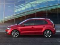 2015-volkswagen-polo-side-profile