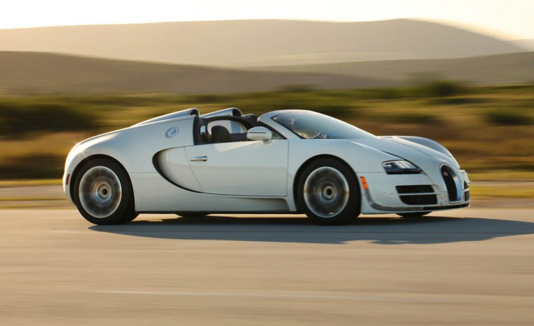 Bugatti-Sitting-on-40-Veyrons-Wont-Go-Forward-with-New-Car-Until-It-Sells-Them-All-PLACEMENT