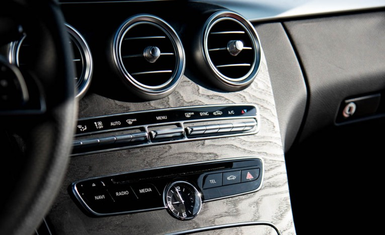 2015 Mercedes-Benz C400 4MATIC Interior