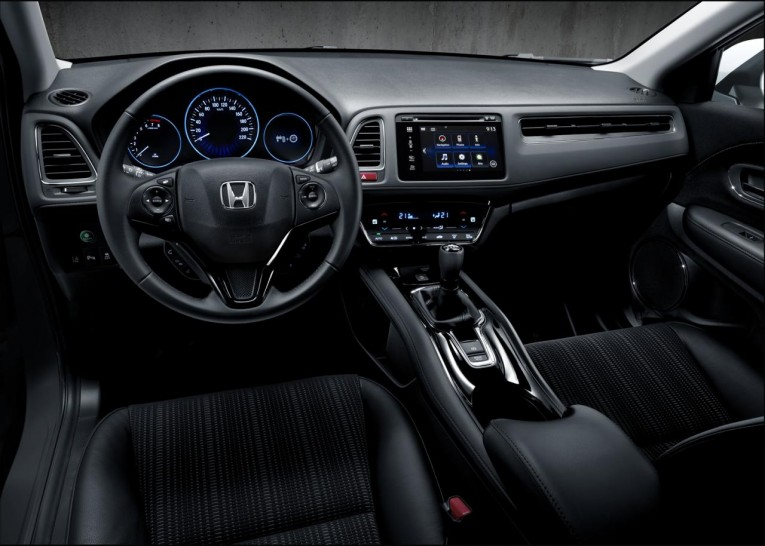 2015 Honda HR-V Euro-spec interior