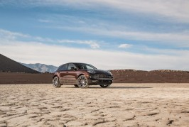 2015-porsche-macan-turbo-front-three-quarters