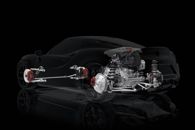 Alfa-Romeo-4C-UK-2014-Red-powertrain